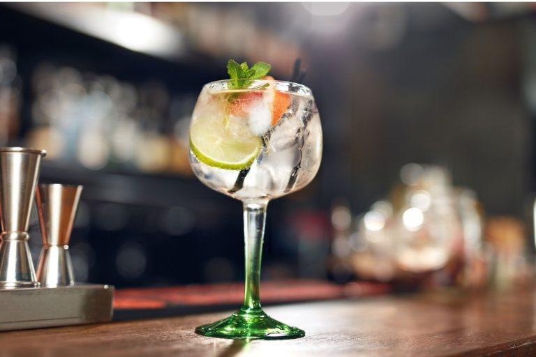 Cocktail Corner - Lillet Spritz recette