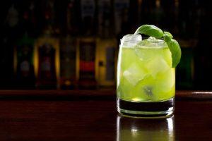 Cocktail Corner - Gin Basil Smash recette