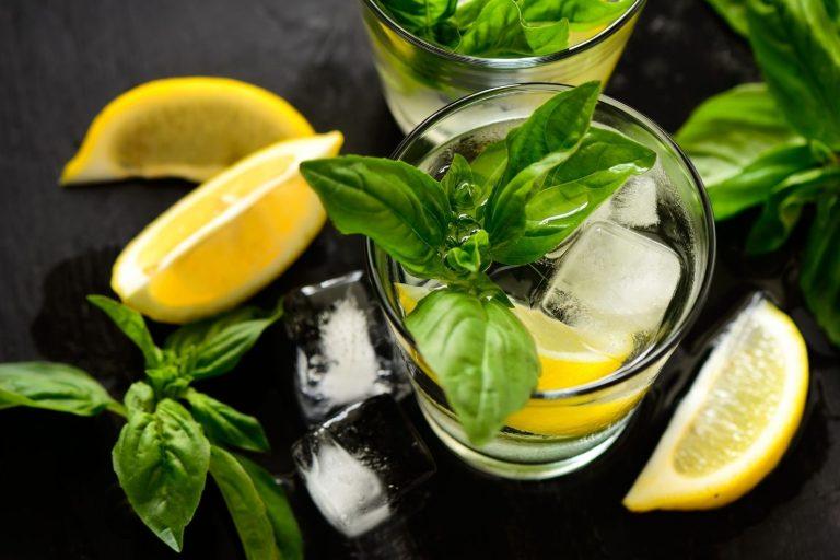 Cocktail Corner - Black Basil recette
