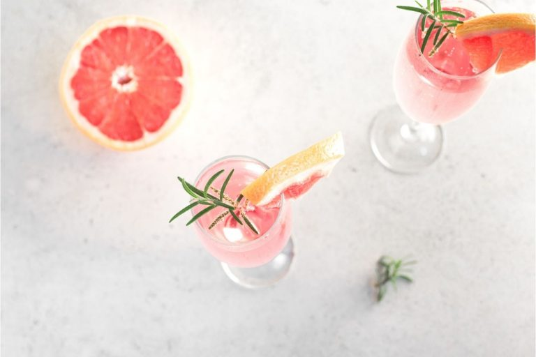 Cocktail Corner - Spritz rhubarbe recette