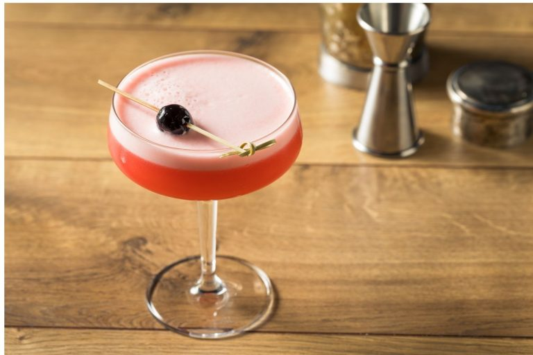 Cocktail Corner - Cocktail Millionnaire recette