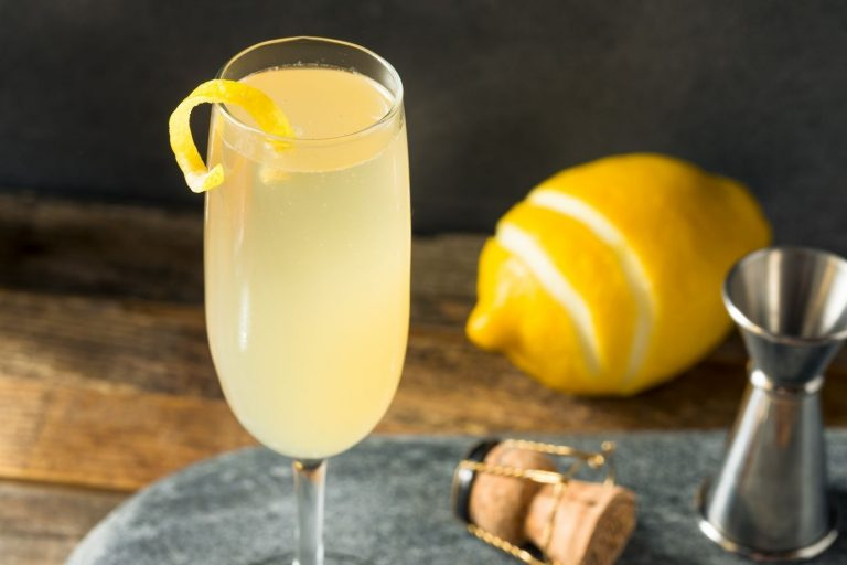 Cocktail Corner - French 75 recette